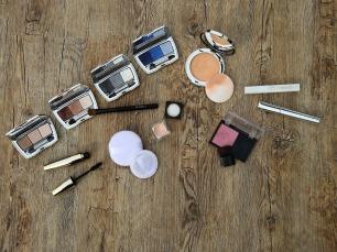 cosmetics-2116384_1920